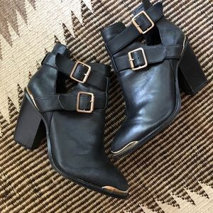 Shoemint 'Milly' Black Ankle Boots
